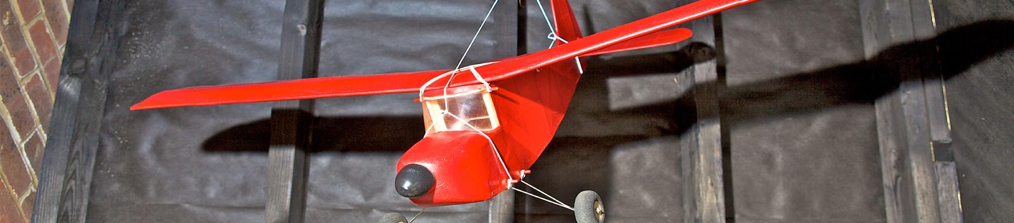 red-plane-bg